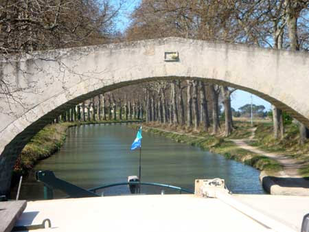 (5) COURGASSE BRIDGE